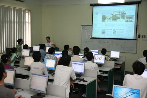 Sử dụng máy chiếu hiệu quả trong giáo dục